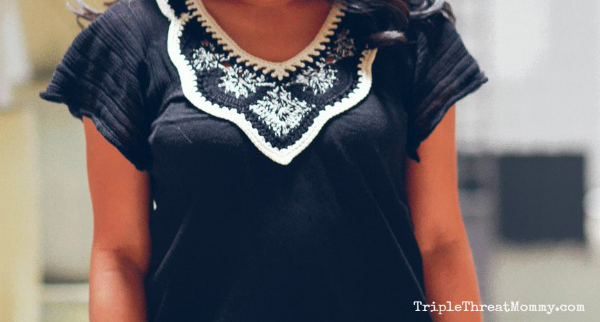Wearing Navy and White | TripleThreatMommy.com